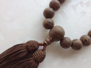 男性用数珠,紫檀 人絹房2