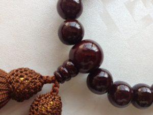 男性用数珠,縞黒檀(艶あり)人絹房2