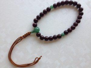 男性用数珠,縞黒檀(艶あり)人絹紐房1