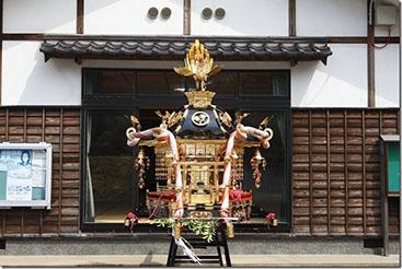 仏壇の修理、寺院 神輿の修復 承ります。,神輿